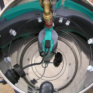 Vysávače s čerpadlom na kaly